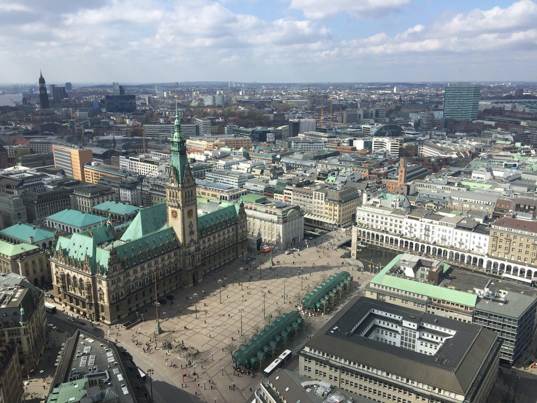 Überblick über den Rathausmarkt
